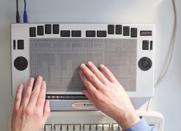 BWGV_Metec_Mikrochips_Schreibmaschine_Blindenschrift