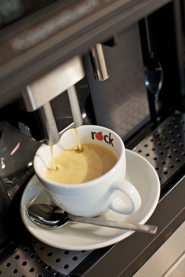 Kuechenstudio_Roeck_Imagemotive_Kaffee